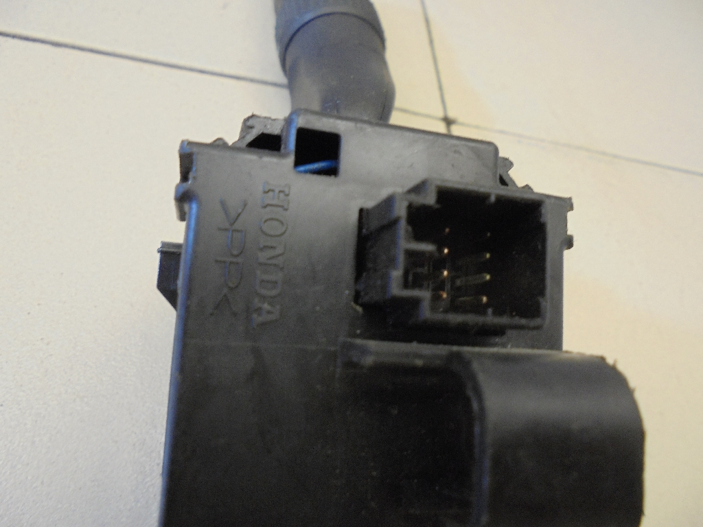 Переключатель стеклоочистителей 35256STKA01
